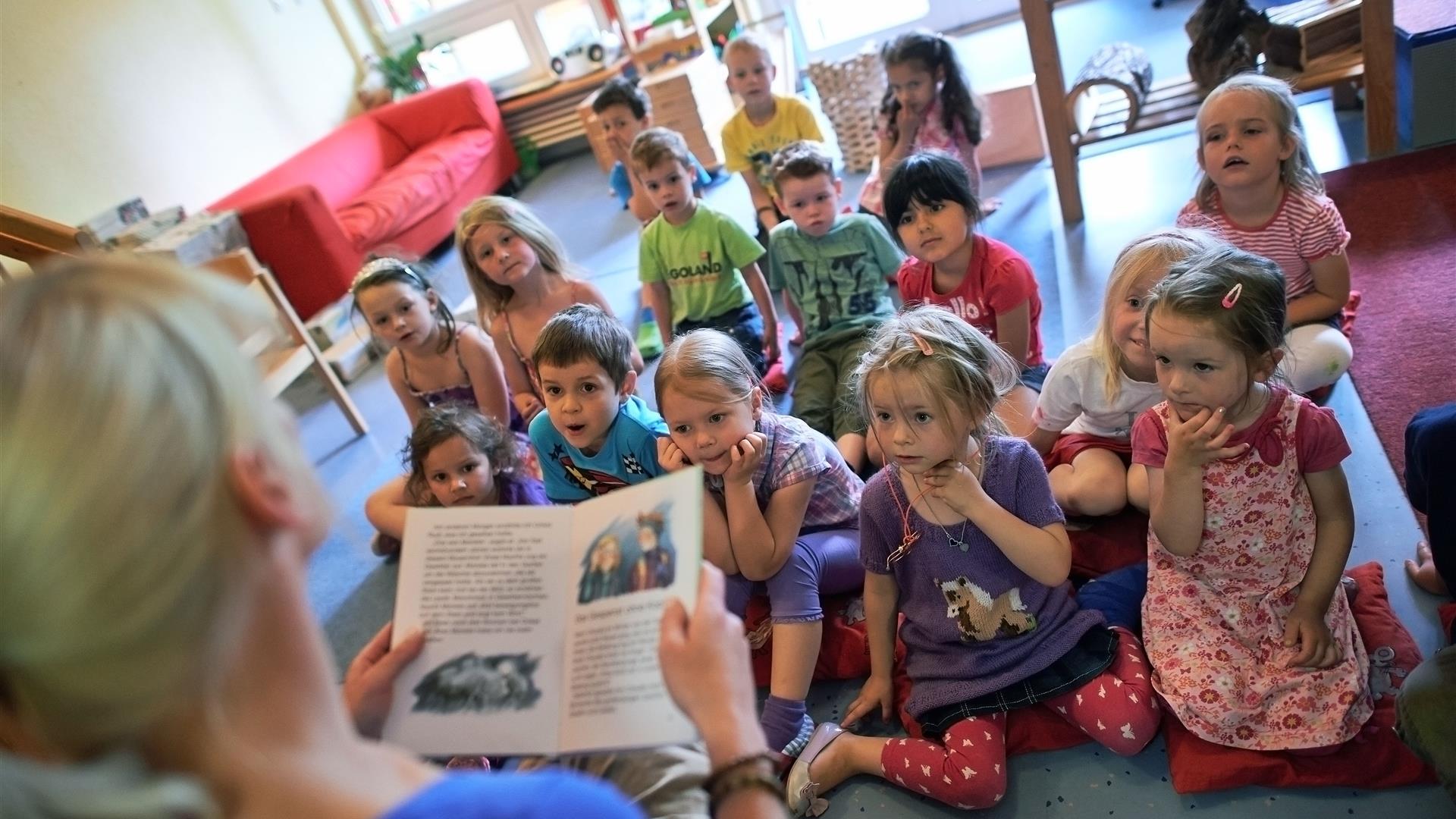 La scuola materna nella casa di riposo per anziani for Scuola materna francese