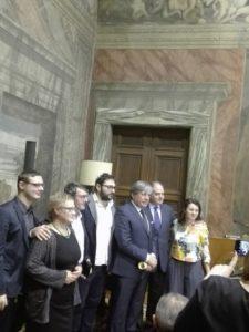 La premiazione del progetto EssenzialMENTE VivaIO