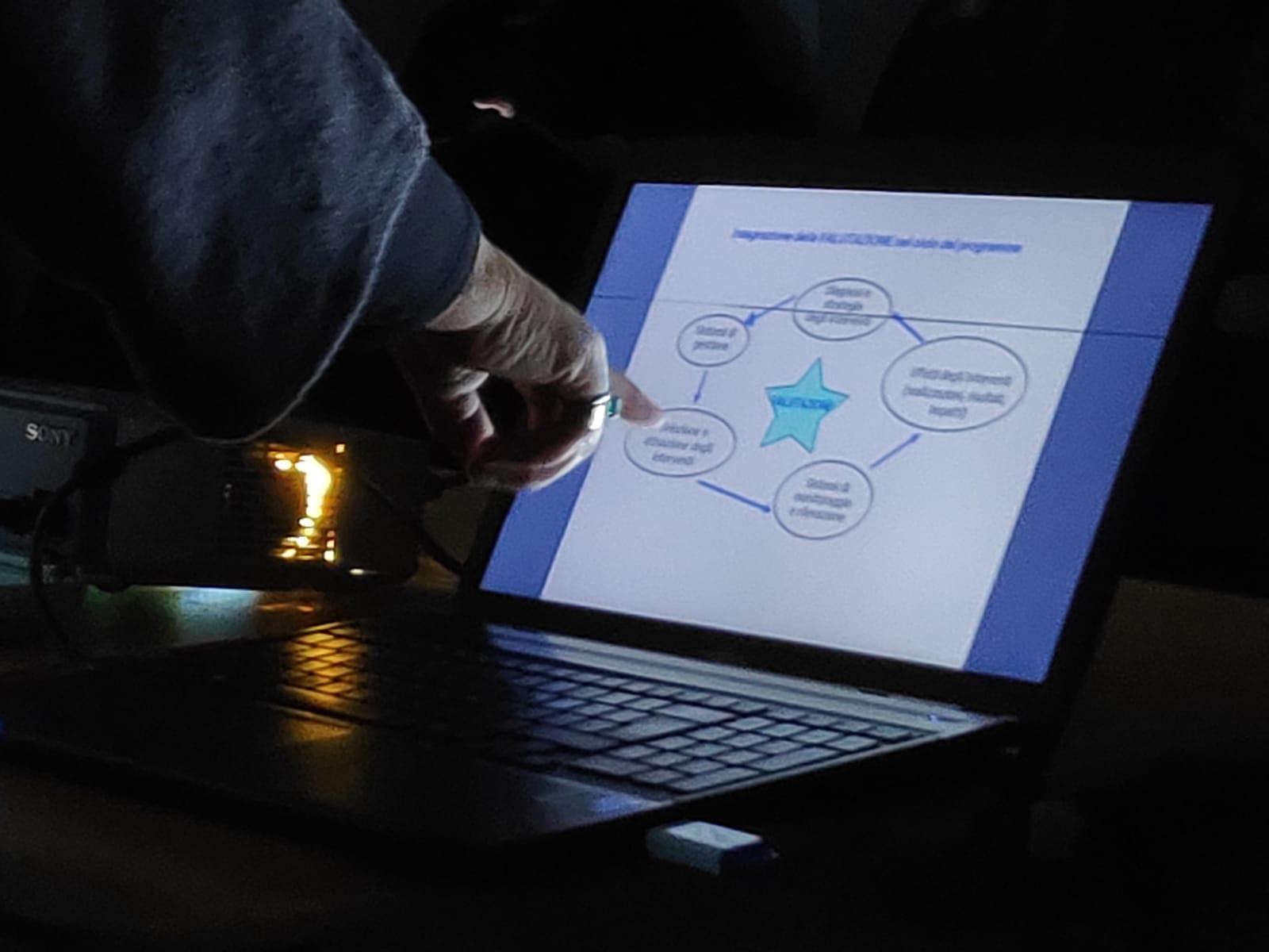 Oasi è impegnata nella progettazione sociale e nella formazione